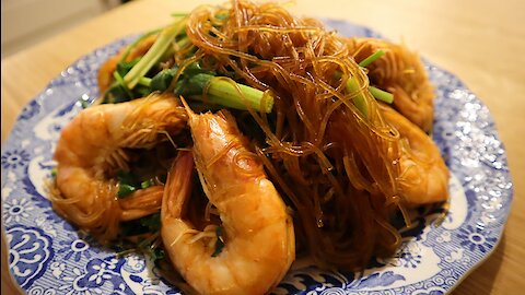 How to make Thai style baked prawns with vermicelli noodles