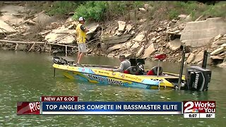 Top anglers compete in bassmaster elite