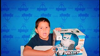 WomToy: Remote Control Robot Toy Review