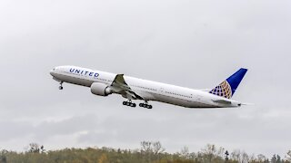 United Airlines Plans To Cut Thousands Of Pilots