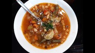 Delicious Classic Italian Minestrone Soup