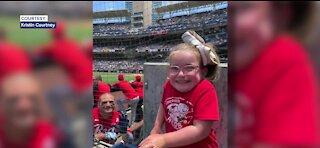 Little girl heartbroken when favorite Cincinnati Reds player leaves game early