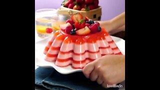 Rich Strawberries and Cream Gelatin