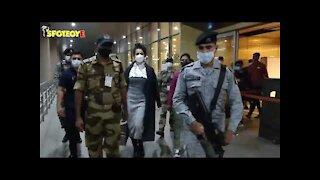 Kangana Ranaut And Her Sister Rangoli Chandel Are Arrives At Mumbai Airport Amid Tight Security