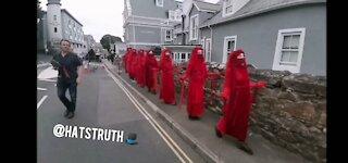 Busted! Satanic ritual at G7