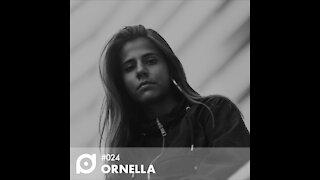 Ornella @ N'A CABINE #024