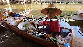 Wat Takien Floating Market in Bangkok, Thailand