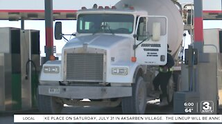 Truck drivers say working conditions have improved year into pandemic