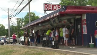 Reid's Drive-in Restaurant in Lockport is a family tradition with staying power
