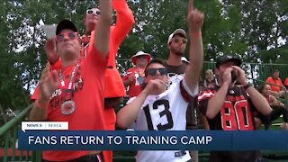 Fans return to Browns training camp