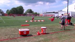Cleveland Browns fans return to training camp