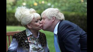 Boris Johnson pays tribute to Barbara Windsor