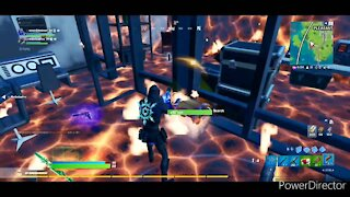 Learning how to use a flare gun (fortnite)