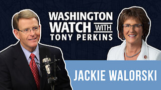 Rep. Jackie Walorski Shows How Unemployment Checks are Paralyzing People from Finding Work