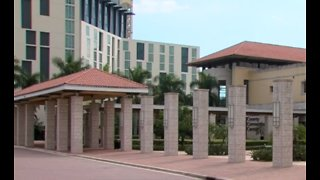 Tourism leaders push for larger convention center