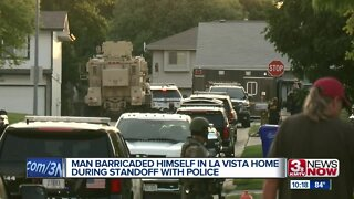 Man barricaded himself in La Vista home during standoff with police