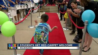 Milwaukee Public Schools welcome students back on first day
