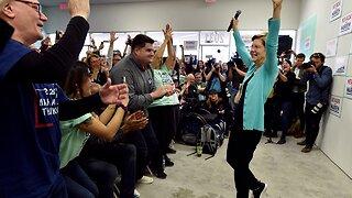 Elizabeth Warren Rallies Nevada Supporters After Debate