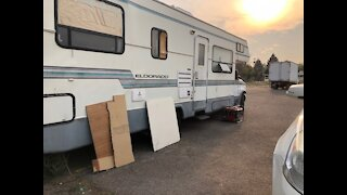 Neighbors concerned about generator noise, sewage smell, potential violence in makeshift RV park