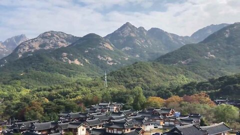 서울 은평구 한옥마을과 북한산, Bukhansan(Mt.) in Seoul