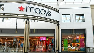 Macy's is quietly closing stores