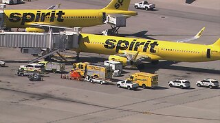 15 people sick on Spirit Airlines flight about to take off at McCarran