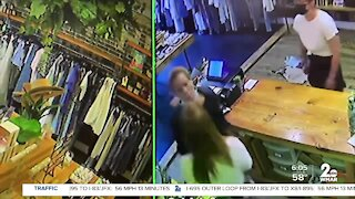 Woman threatens manager over mask