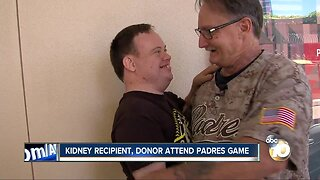 Kidney recipient, donor attend Padres game
