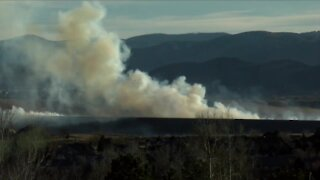Grass fire burning near Morrison in Jefferson County prompts evacuations
