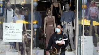 Researchers Test Whether Cloth Masks Or Surgical Masks Are Best
