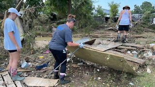 Search Continues For Tennessee Flood Victims