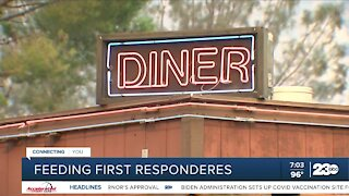 Restaurants feed first responders during French Fire