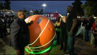 Shaq Courts debut at Doolittle Complex in Las Vegas with $200K donation