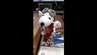 Dancing Christmas Snoopy