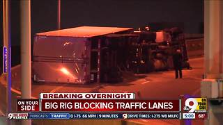 Overturned semi closes I-71 SB to Fort Washington Way