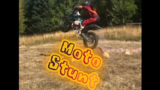Moving an obstacle, moto stunt