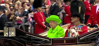 Queen Elizabeth looks for a personal assistant