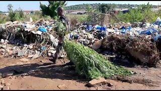 SOUTH AFRICA - Pretoria - Plastic View Informal settlement Raid - Video (YoT)