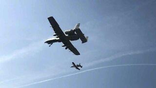 USAF A-10 Formation landing