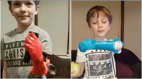 Isä valmistaa pojalleen robottikäden 3D-tulostimella