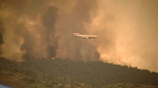 Stagecoach fire continues to burn in Kern County