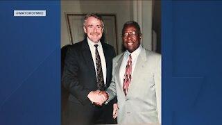 "Milwaukee Mayor remembers ""Hammerin'"" Hank Aaron"