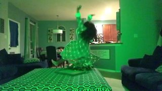 WATCH: Parents left in stitches with daughters hilarious dancing response to text message