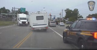Dashcam captures high-speed chase of stolen RV from Green