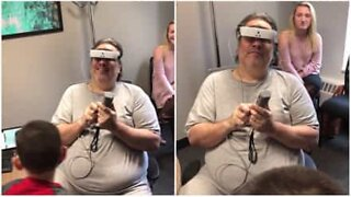 Blind man sees his family for the first time after 13 years