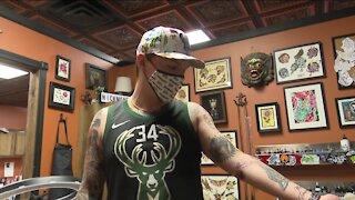 De Pere man gets 'Bucks in Six' tattoo to celebrate the NBA Championship