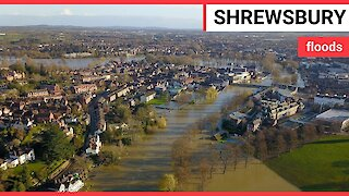 Residents in Shrewsbury battle against worst floods in 20 years
