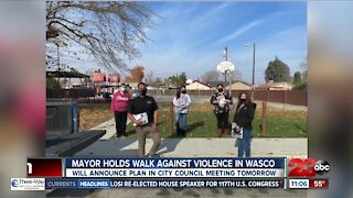 Mayor holds walk against violence in Wasco