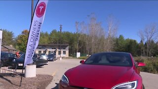Wisconsin Tesla owners and enthusiasts gather to celebrate company's mission