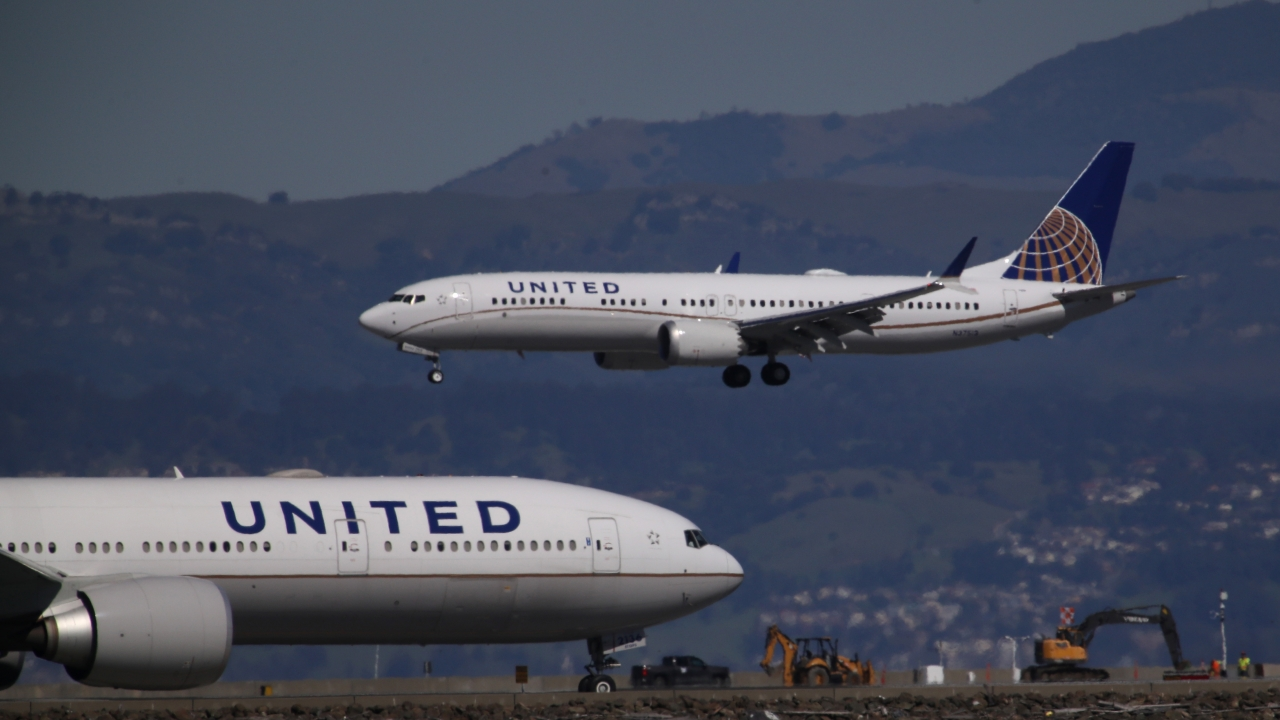United Airlines Extends Boeing 737 Max Flight Cancellations